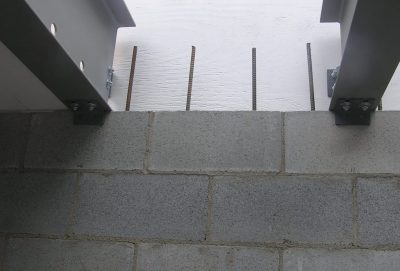 The truss centering brackets